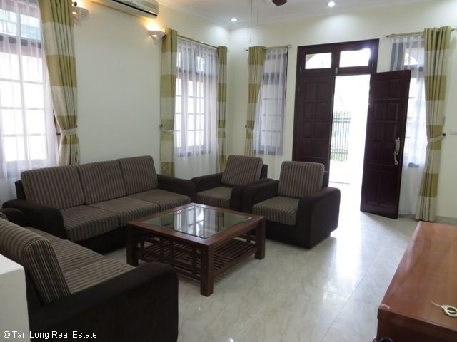 A stunning furnished villa with 4 bedrooms for rent in C5 Ciputra, Tay Ho district 2