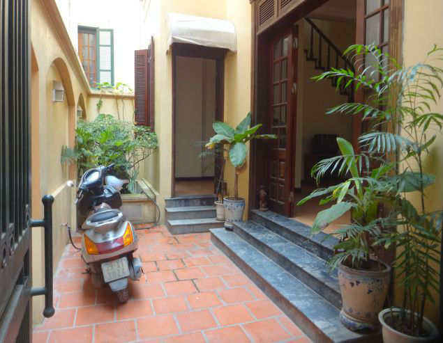 A three-storey house in Tay Ho street, Tay Ho district for rent