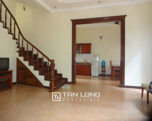 A three-storey house in Tay Ho street, Tay Ho district for rent 2