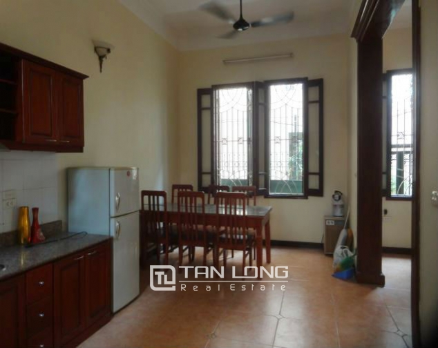 A three-storey house in Tay Ho street, Tay Ho district for rent 4