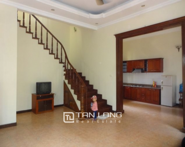 A three-storey house in Tay Ho street, Tay Ho district for rent 8