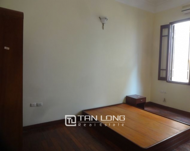 A three-storey house in Tay Ho street, Tay Ho district for rent 9