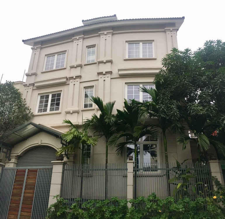 A villa for rent on Peach Garden, Tay Ho district!