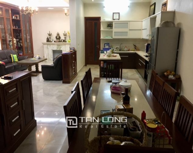 A villa for rent on Peach Garden, Tay Ho district! 5