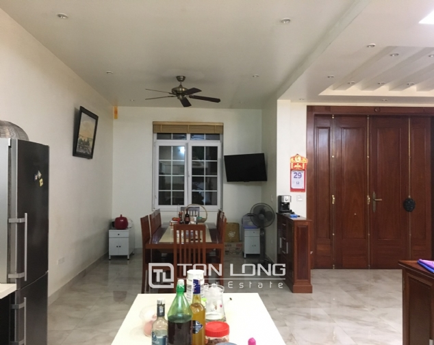 A villa for rent on Peach Garden, Tay Ho district! 6
