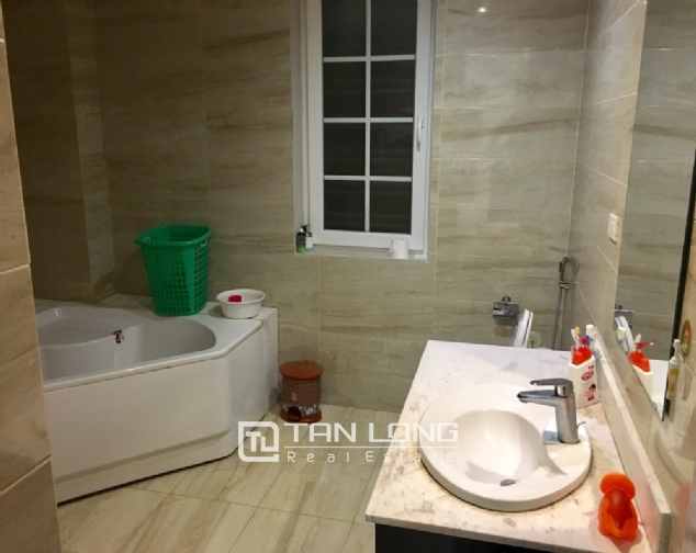 A villa for rent on Peach Garden, Tay Ho district! 10