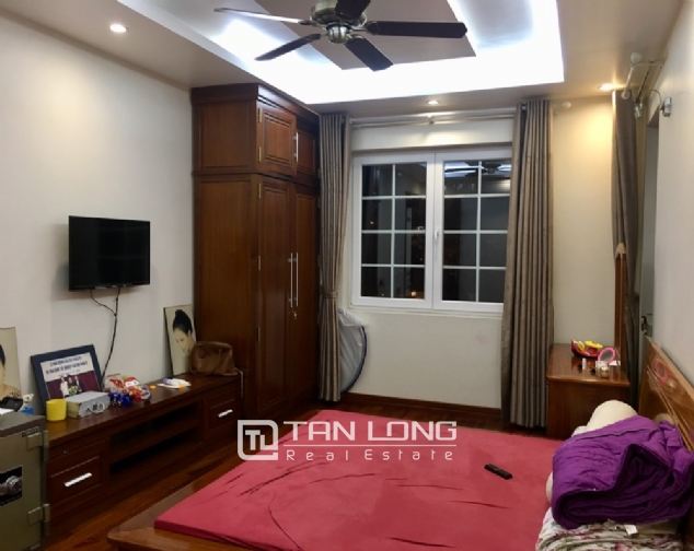 A villa for rent on Peach Garden, Tay Ho district! 1
