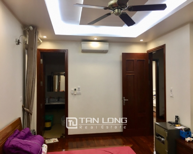 A villa for rent on Peach Garden, Tay Ho district! 2