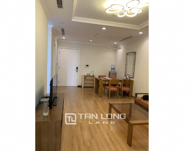 Affordable 1 bedroom apartment for rent in Vinhomes Nguyen Chi Thanh 4