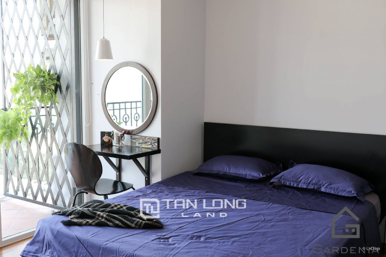 Affordable 2 bedroom apartment for rent on Doi Nhan street, Ba Dinh 2