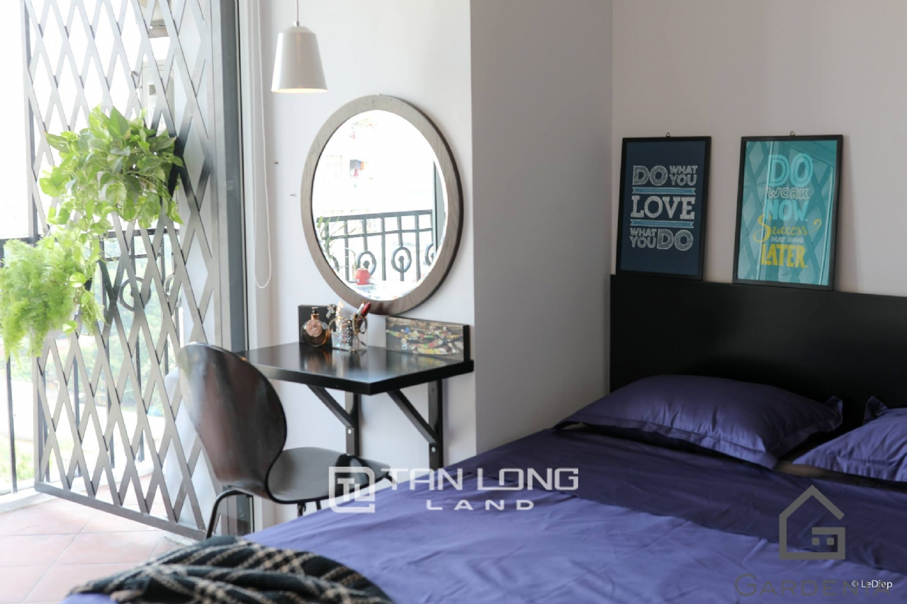 Affordable 2 bedroom apartment for rent on Doi Nhan street, Ba Dinh 7