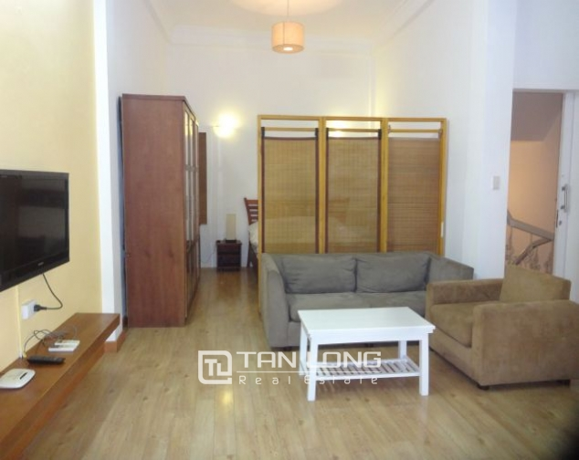 Airy 1 bedroom apartment to rent in Nguyen Khac Hieu, Ba Dinh district, Hanoi 2