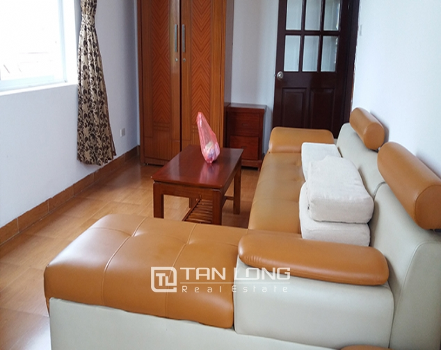 Airy 2 bedroom serviced apartment with park view for rent in Van Ho 2, Hai Ba Trung district 1