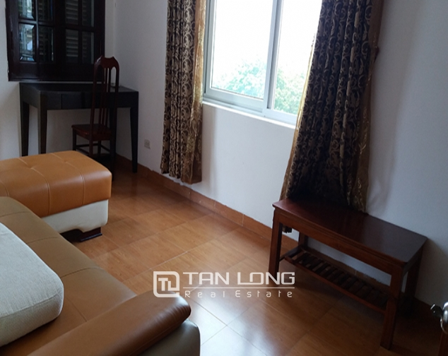 Airy 2 bedroom serviced apartment with park view for rent in Van Ho 2, Hai Ba Trung district 2