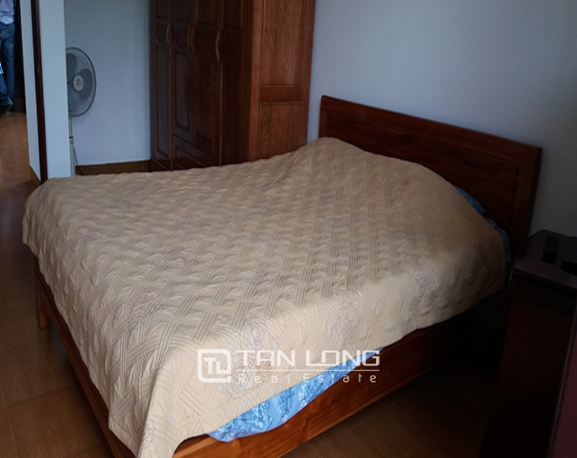 Airy 2 bedroom serviced apartment with park view for rent in Van Ho 2, Hai Ba Trung district 4