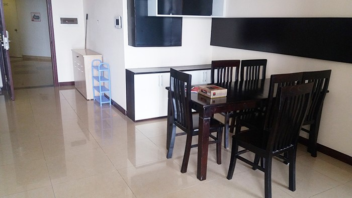 Airy 3 bedroom apartment for rent in R2 Vinhomes Royal City, Thanh Xuan dist