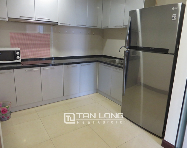 Airy apartment with 2 beds/ 2 baths for rent in R2, Vinhomes Royal City, Thanh Xuan 5