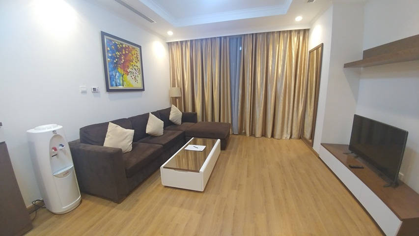 Illuminated and modern three bedroom apartment for rent in Royal City, Nguyen Trai str., Thanh Xuan dist., Hanoi