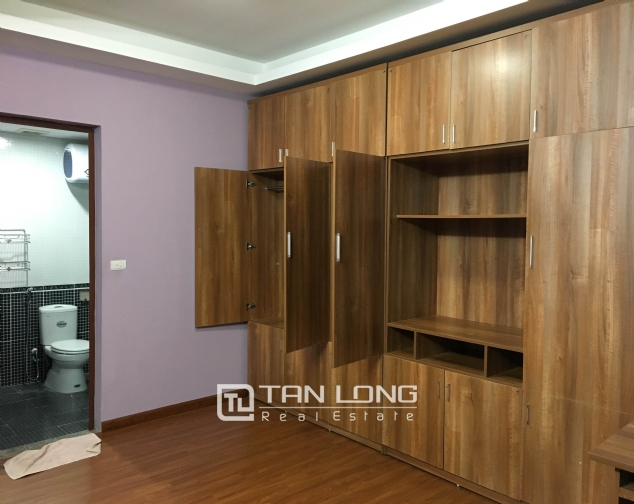 Amazing 3 bedroom apartment in Packexim Tay Ho for rent 9
