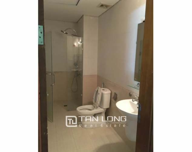 Amazing 3 bedroom apartment in Packexim Tay Ho for rent 10