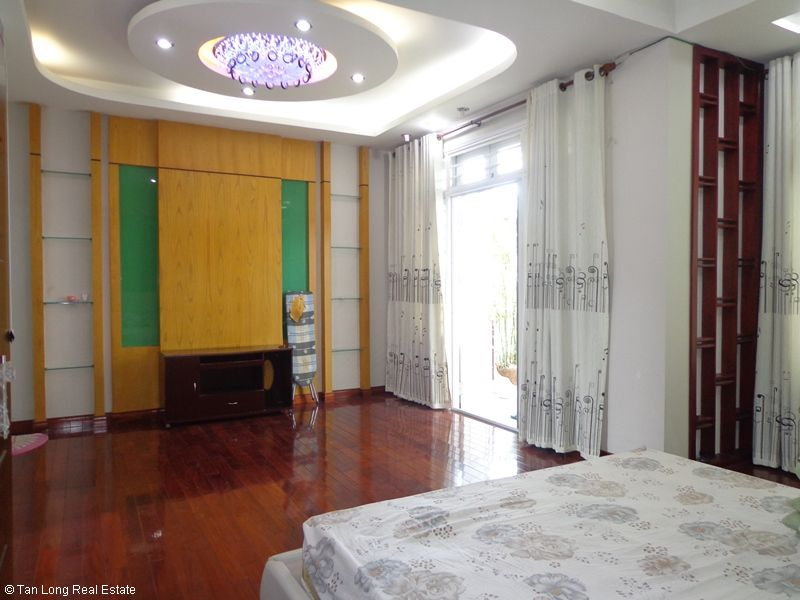Amazing 4 storey villa for rent in Doi Nhan, Ba Dinh, Hanoi 1