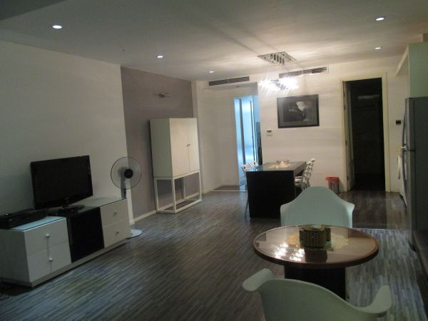 An beautiful aparment for rent in the 4th floor in Duong Thanh street, Old Quarter, Hoan Kiem.