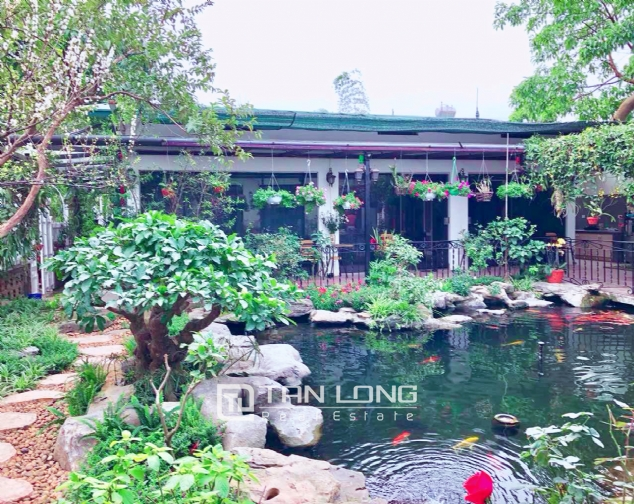An Europe style house which is closed to nature on An Duong street, for rent! 3
