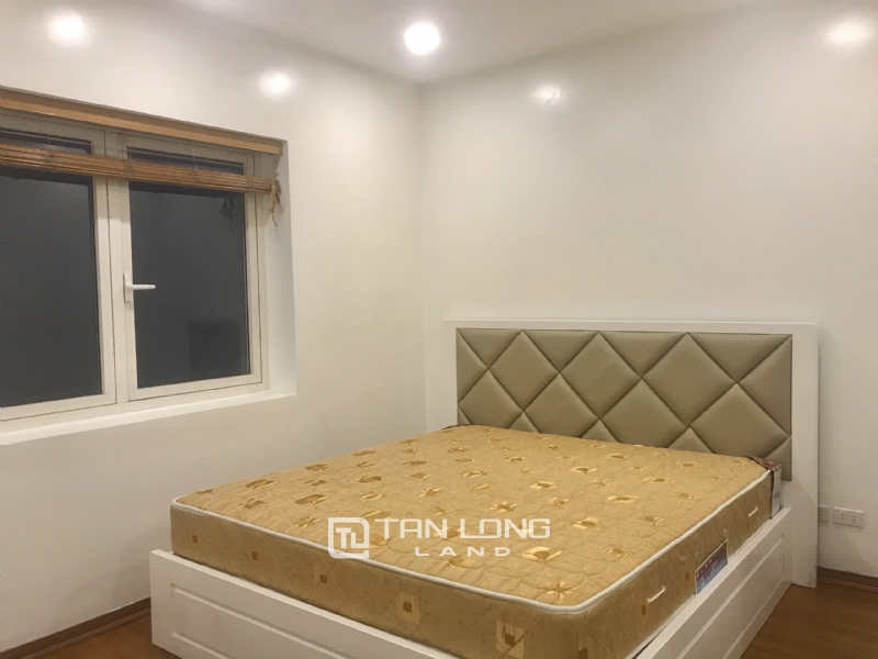 ANH DAO VILLAS FOR RENT IN VINHOMES RIVERSIDE 12