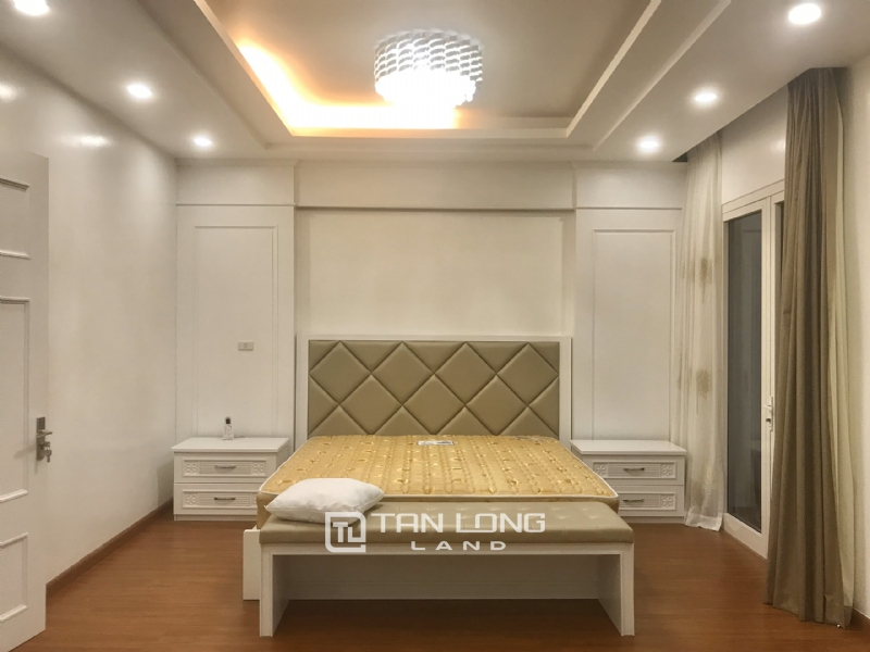 ANH DAO VILLAS FOR RENT IN VINHOMES RIVERSIDE 13