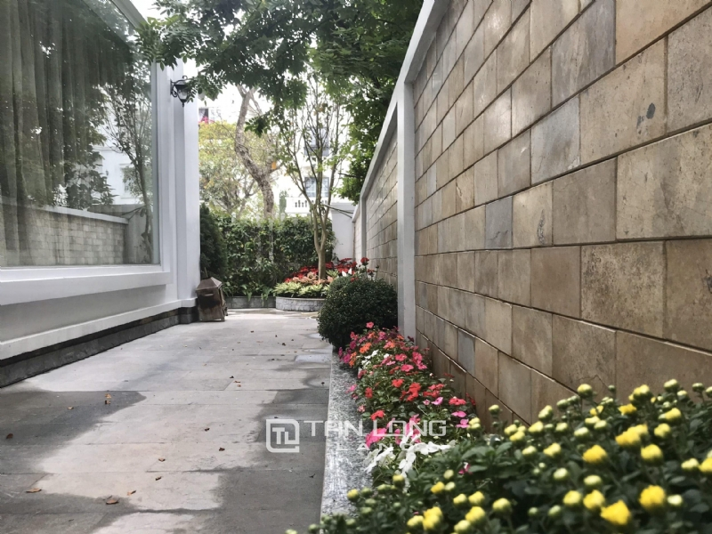 ANH DAO VILLAS FOR RENT IN VINHOMES RIVERSIDE 6
