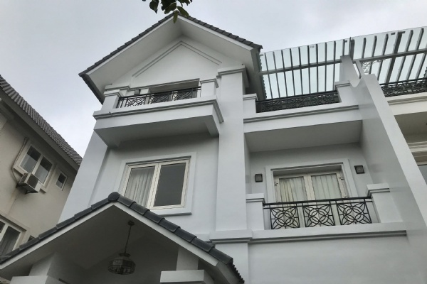 ANH DAO VILLAS FOR RENT IN VINHOMES RIVERSIDE