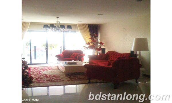 Apartment at Chelsea Park Hanoi for rent 2
