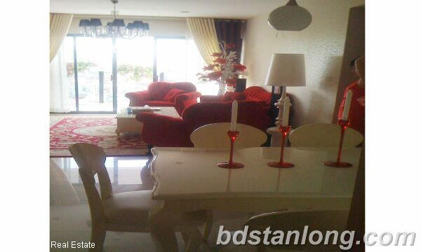 Apartment at Chelsea Park Hanoi for rent 3