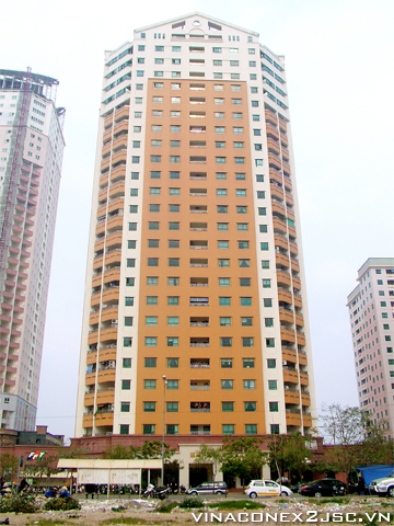 Apartment for rent at 24T2 Trung Hoa Nhan Chinh, well equipped