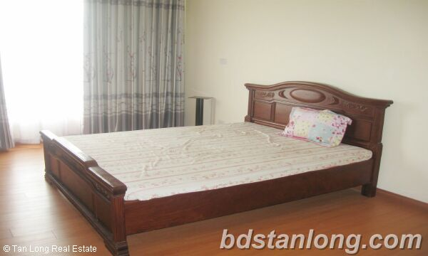 Apartment for rent at N05 Tran Duy Hung, Cau Giay district, Hanoi. 4