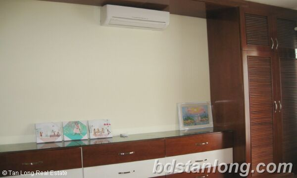 Apartment for rent at N05 Tran Duy Hung, Cau Giay district, Hanoi. 5