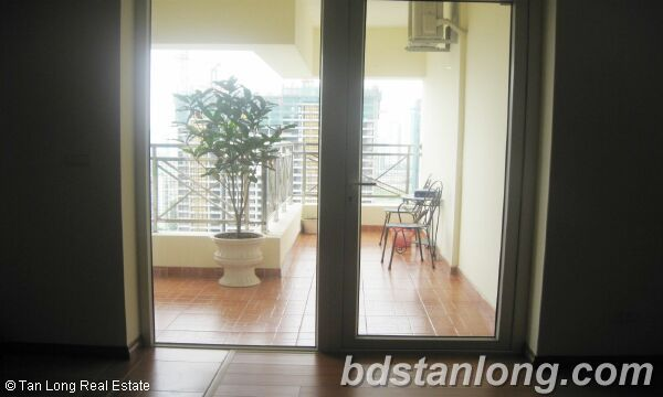 Apartment for rent at N05 Tran Duy Hung, Cau Giay district, Hanoi. 1