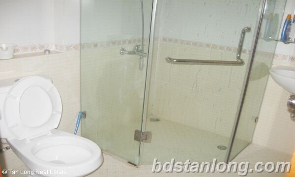 Apartment for rent at N05 Tran Duy Hung, Cau Giay district, Hanoi. 2