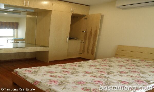 Apartment for rent in Ciputra, Tay Ho district, Ha Noi. 3