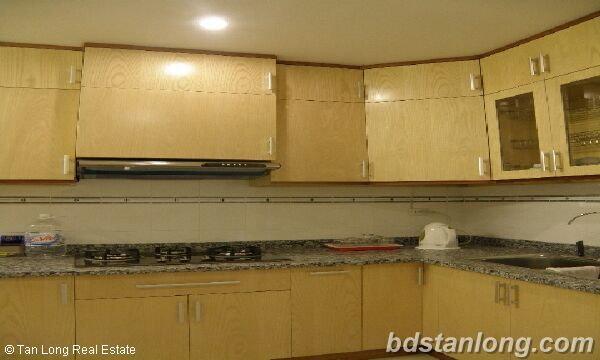 Apartment for rent in Ciputra, Tay Ho district, Ha Noi. 4