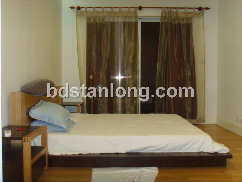 Apartment for rent in Golden West lake, Tay Ho district, Ha Noi
