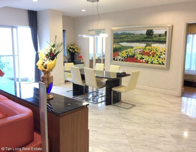 Apartment for rent in Golden Westlake, Thuy Khue, Tay Ho district, Hanoi. 9