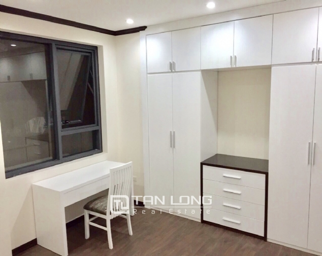 Apartment for rent in Platinum Residences on Nguyen Cong Hoan street, Ba Dinh district! 2