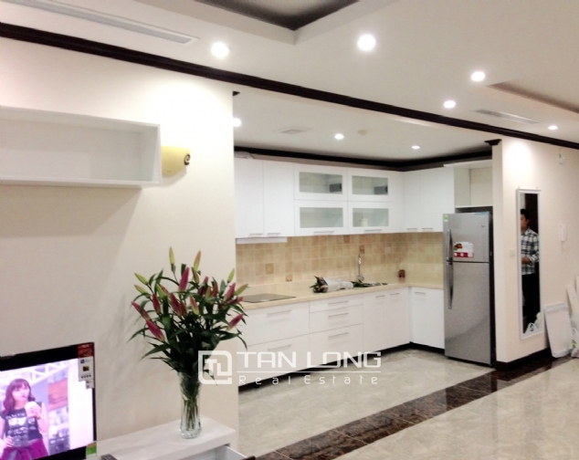 Apartment for rent in Platinum Residences on Nguyen Cong Hoan street, Ba Dinh district! 6