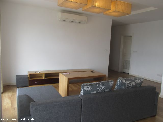 Apartment for rent in Vuon Dao, Tay Ho district, Ha Noi. 3