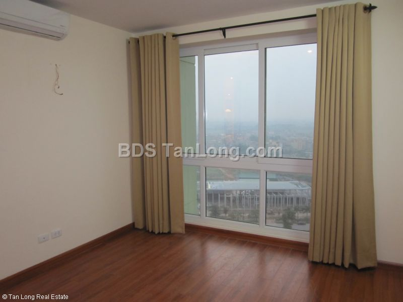 Apartment in Ciputra, Tay Ho, Ha Noi for rent 6