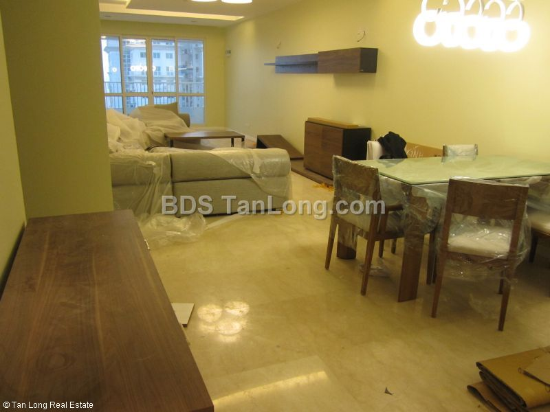 Apartment in Ciputra, Tay Ho, Ha Noi for rent 2