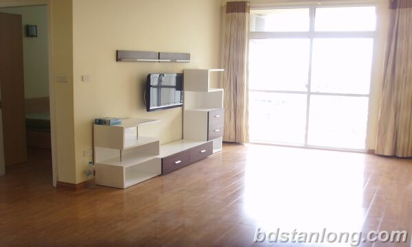 Apartment in Lac Long Quan, Tay Ho for rent