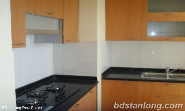 Apartment in Lac Long Quan, Tay Ho for rent 4