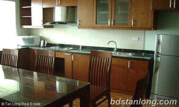 Apartment in Thuy Khue building, Tay Ho for rent. 2